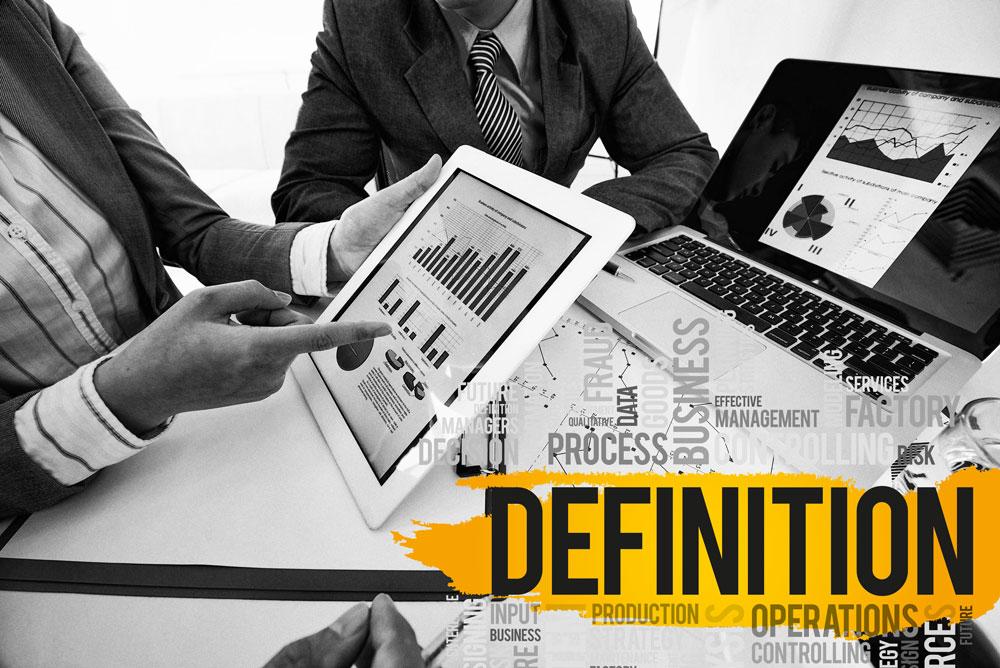 Nach Erteilen eines Projektauftrags wird eine Analyse des Projekts erstellt für das Projektmanagement, Sach-, Termin- und Kostenziele gesetzt